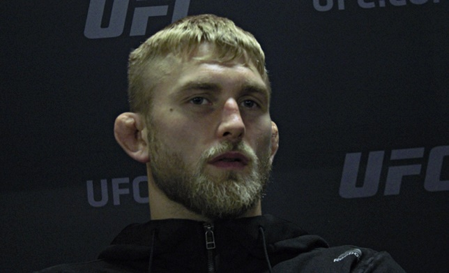 "Gustafsson on Jon Jones: ""I believe he's been doing shit he shouldn't for a long time"""