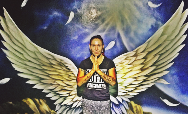Cris Cyborg leaves supporting comment on Ronda Rousey's social media post
