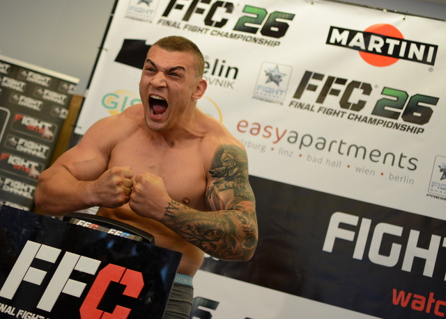 FFC 26 weigh in: Danenberg fails to meet the scales, Stosic growls at Staring (PHOTO)