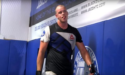 Stefan Struve promises that 'Bigfoot' Silva 'is going down in the first' round