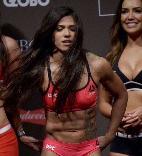 Claudia Gadelha on Jessica Andrade: 'I was very surprised with her strength'