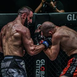Abbasov dominates Kadestam to take ONE welterweight title