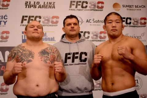 FFC 30 Linz weigh-in results