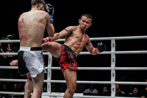 Nong-O Gaiyanghadao retains ONE Bantamweight Muay Thai World Title