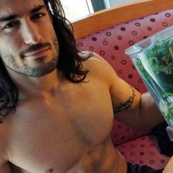 Elias Theodorou to act as 'ring boy' at Invicta FC 28