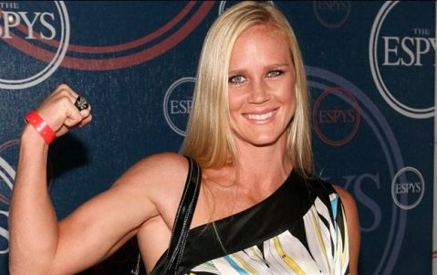 Holly Holm: 'Mayweather doesn't let people land shots on him'