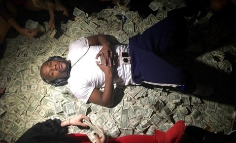 """Mayweather: """"I can make $300 million in 36 minutes from McGregor fight"""""""
